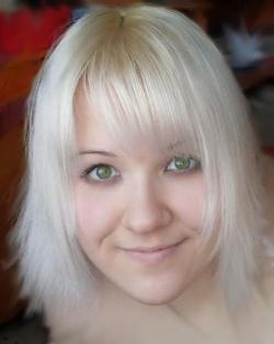 Loyla Zuhres