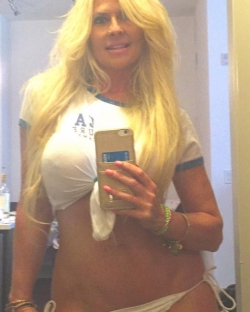 Ashley Cloy Saint Petersburg